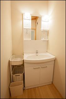 1階洗面所兼脱衣所